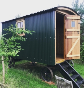 Mistletoe Cottage Shepherds Hut